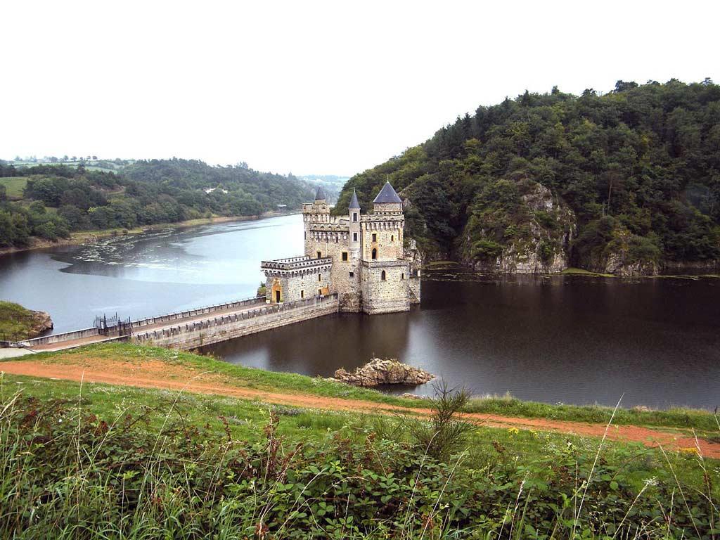 Castello di La Roche, Valle della Loira