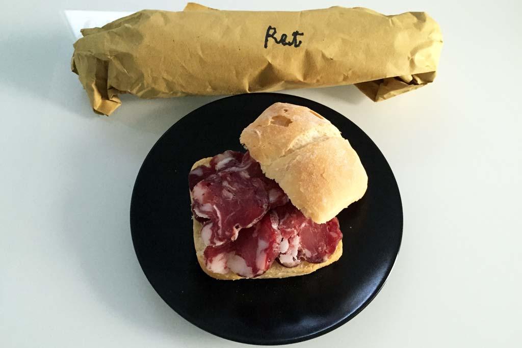 Il delizioso RET, ovvero il salame di suino di Capriolo (BS)