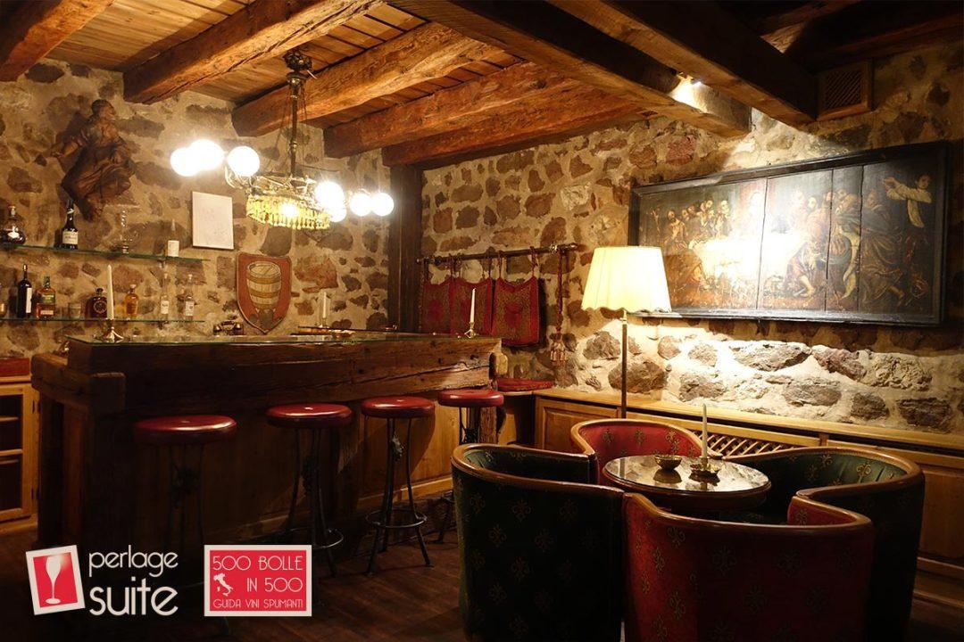 schloss-hotel-korb-bar