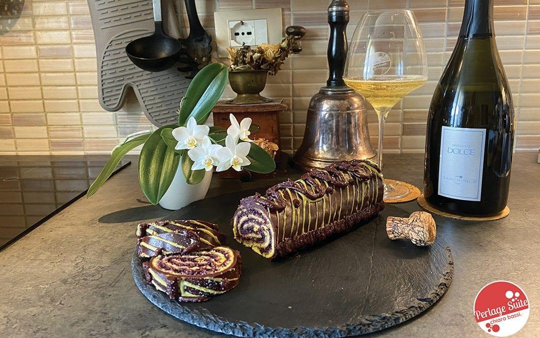 Rotolo alla marmellata di mirtilli: fotoricetta e abbinamento vino